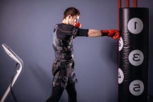 Virtual Reality Full Body Tracking - man boxing